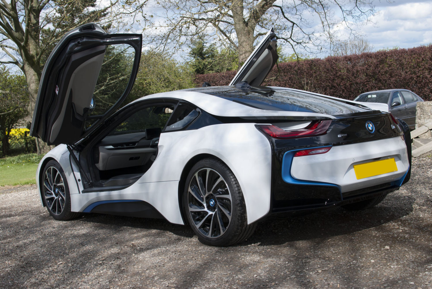 BMW i8 Detailed by DWR Detailing
