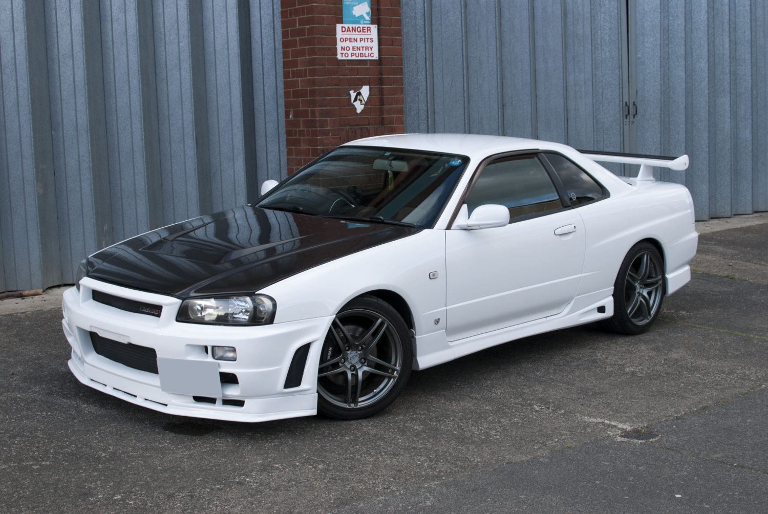 Nissan Skyline R34 GTT Detailed by DWR Detailing
