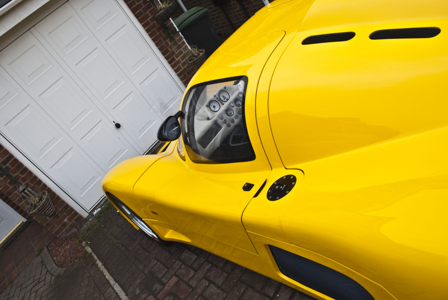 Ultima GTR Detailed by DWR Detailing